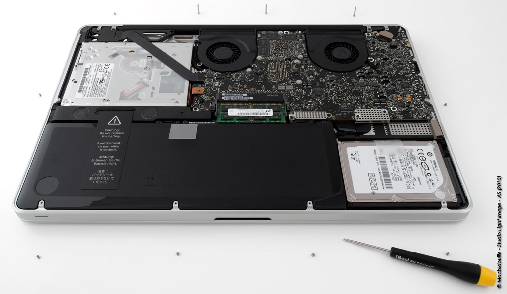 MacBook Pro 17 Apple